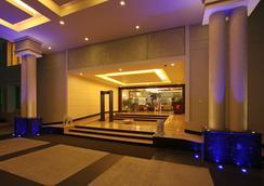 La Classic - Bangalore - Lobby