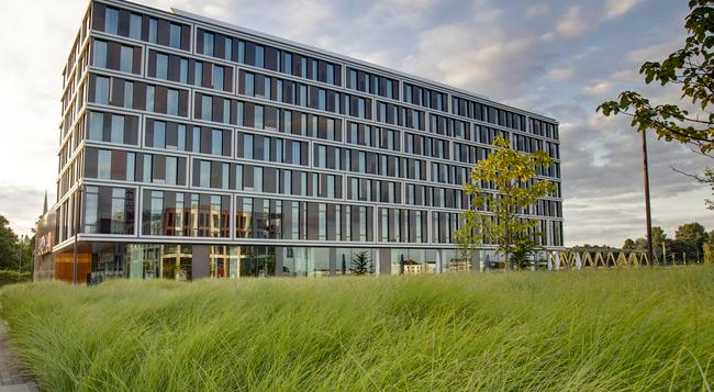 Steigenberger Hotel Bremen - Bremen - Building