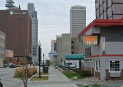402 Hotel - Omaha - Outdoor view