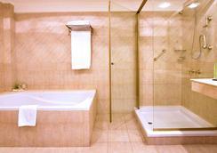Pestana Buenos Aires Hotel - Buenos Aires - Bathroom