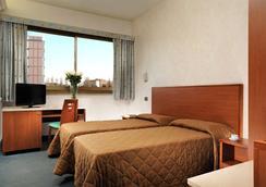 Hotel Princess - Rome - Bedroom