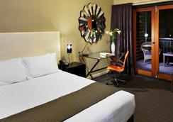 Sunmoon Boutique Resort - Scarborough - Bedroom