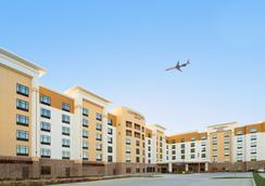 Towneplace Suites By Marriott Dallas Dfw Airport North-grapevine - Grapevine - Lobby