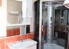 Magas Hotel - Astana - Bathroom