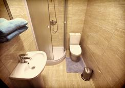 Smart People Eco Hotel - Krasnodar - Bathroom