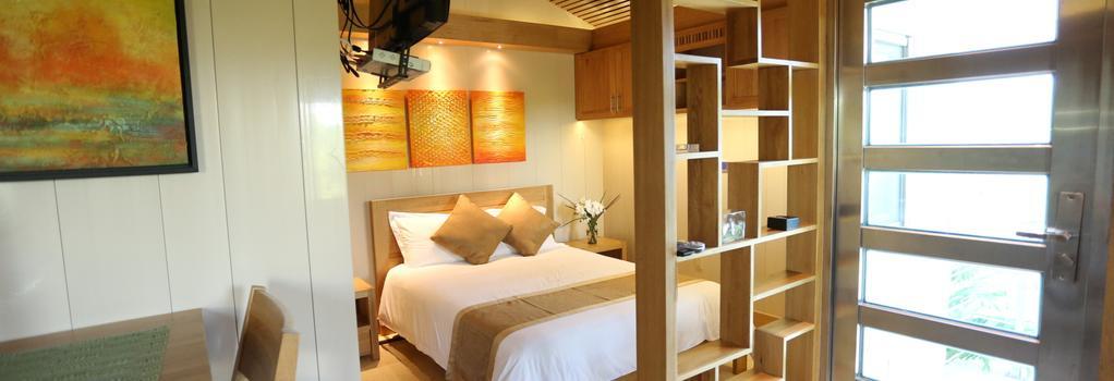 One ON Marlin Spa Resort - Providenciales - Bedroom