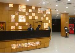 Sandhya Hotel - Hyderabad - Front desk