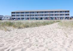Sandcastle Resort And Club - Provincetown - Beach