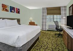 Hilton Garden Inn San Antonio Airport - San Antonio - Bedroom