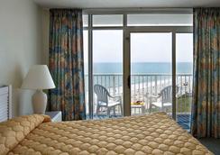 Sea Watch Resort - Myrtle Beach - Bedroom