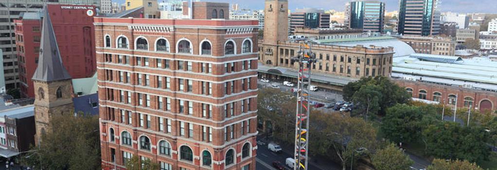 Wake Up! Sydney - Hostel - Sydney - Building