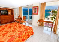 Krystal Beach Acapulco - Acapulco - Bedroom