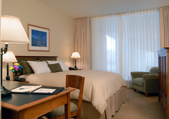 Charles F. Knight Executive Education Center - St. Louis - Bedroom