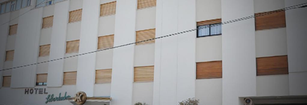 Hotel Libertador - Trelew - Building