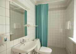 Hospitality Hotel - Petrozavodsk - Bathroom