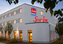 Comfort Hotel, Star Inn Stuttgart Airport Messe - Stuttgart - Building