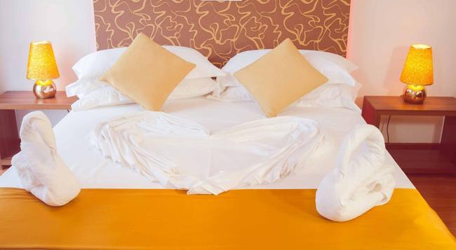 Swinces Sentaria - Hulhumale - Bedroom