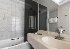 Hotel Residence Du Pre - Paris - Bathroom