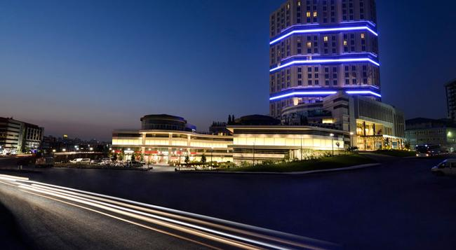 Wyndham Grand Istanbul Europe - Istanbul - Building