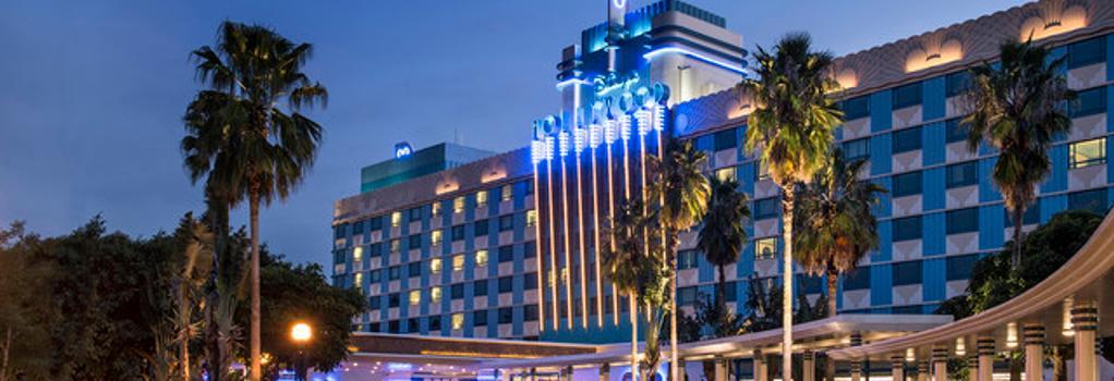 Disney's Hollywood Hotel - Hong Kong - Building