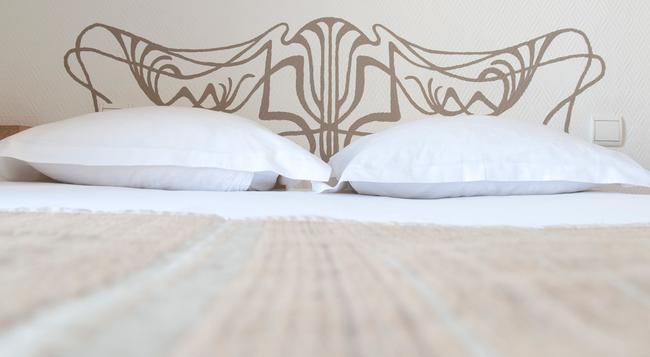 Hotel Korner Montparnasse - Paris - Bedroom