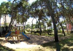 Hotel Riu Playa Park - Palma de Mallorca - Attractions