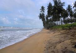 Ocean Ripples Resort - Wadduwa - Beach