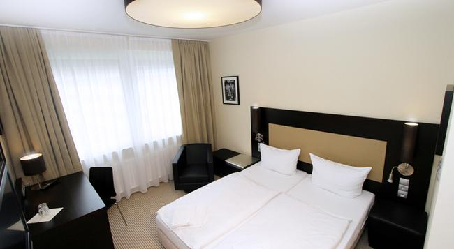 Hotel am Karlstor - Karlsruhe - Bedroom