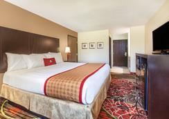 Days Inn Arlington - Arlington - Bedroom