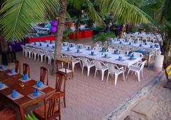 Sea Falcon Hotel - Pattaya - Restaurant