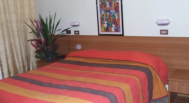 Hotel Amoha - Rimini - Bedroom