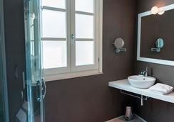 Birkin Luxury Rooms Villanova - Cagliari - Bathroom
