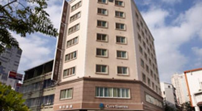 City Suites - Taichung Wuquan - Taichung - Building