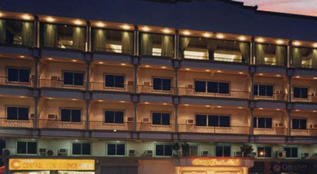Orange Grove Hotel - Davao City - Building