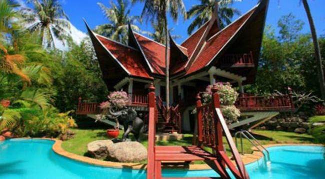Coco Palace Resort - Rawai - Building