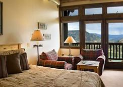 Taharaa Mountain Lodge - Estes Park - Bedroom