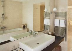 Hotel du Danube Saint Germain - Paris - Bathroom