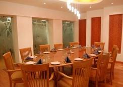 Privilege Inn - Mumbai - Restaurant