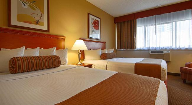 The Loyal Inn - Seattle - Bedroom