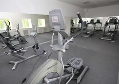 Tan Hotel - Ufa - Gym