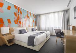 Room Mate Óscar - Madrid - Bedroom