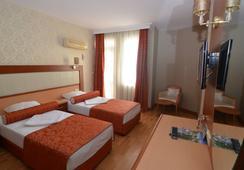 Kleopatra Dreams Beach Hotel - Alanya - Bedroom