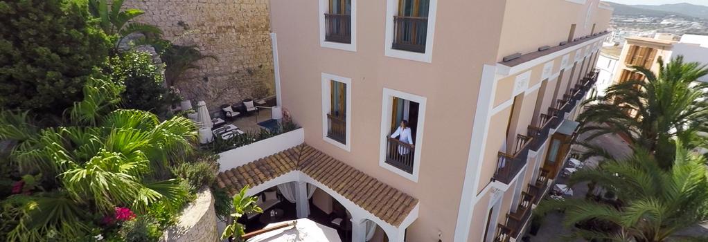 Mirador de Dalt Vila - Ibiza - Building