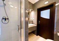Platinum Aparthotel - Krakow - Bathroom