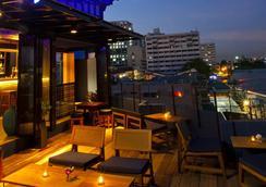 Baan Wanglang Riverside - Bangkok - Bar