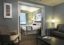 The St. Regis Hotel - Vancouver - Bedroom