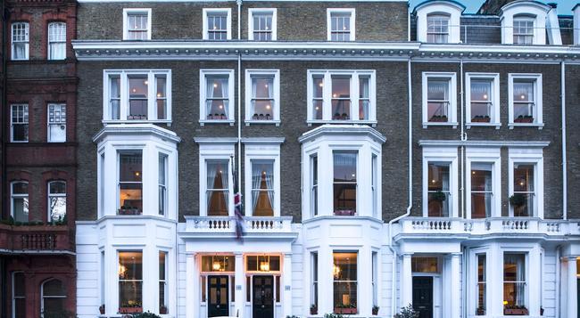 The Cranley - London - Building