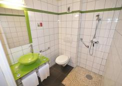Fasthotel Limoges - Limoges - Bathroom