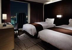 Mitsui Garden Hotel Ginza Premier - Tokyo - Bedroom