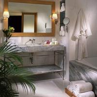 Lebua at State Tower Bathroom